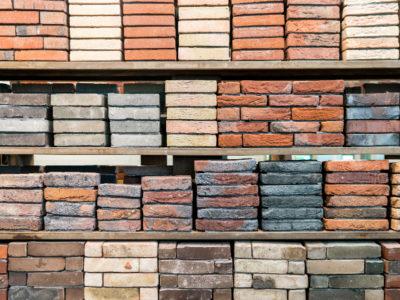 Een greep uit het assortiment bakstenen van Altena Steenhandel